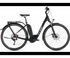 Cube Touring Hybrid Pro 500WH Bosch Plus 28 Zoll E-Bike NEU