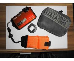 Nikon AW 100 Unterwasserkamera mit GPS und Zubehör