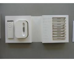 Apple iPod Universal Dock + Remote, MB 125G/B, OVP