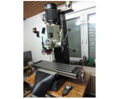 Optimum Opti F45 CNC Fräsmaschine + SK30 und Servosteuerung