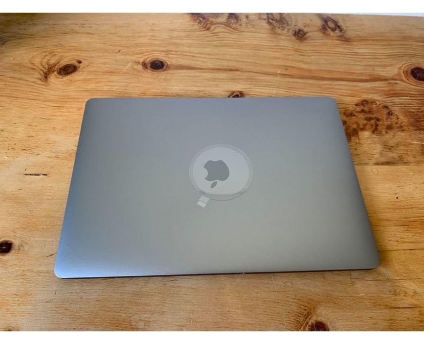 """MacBook Pro 15 """", i7, 32 GB, 4 GB VRAM, 512 GB SSD - 1/4"""