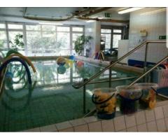 Kursleiterin für Babyschwimmen gesucht sonntags