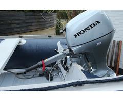 Schlauchboot Honwave T40 AE2, & Honda 15PS Aussenborder