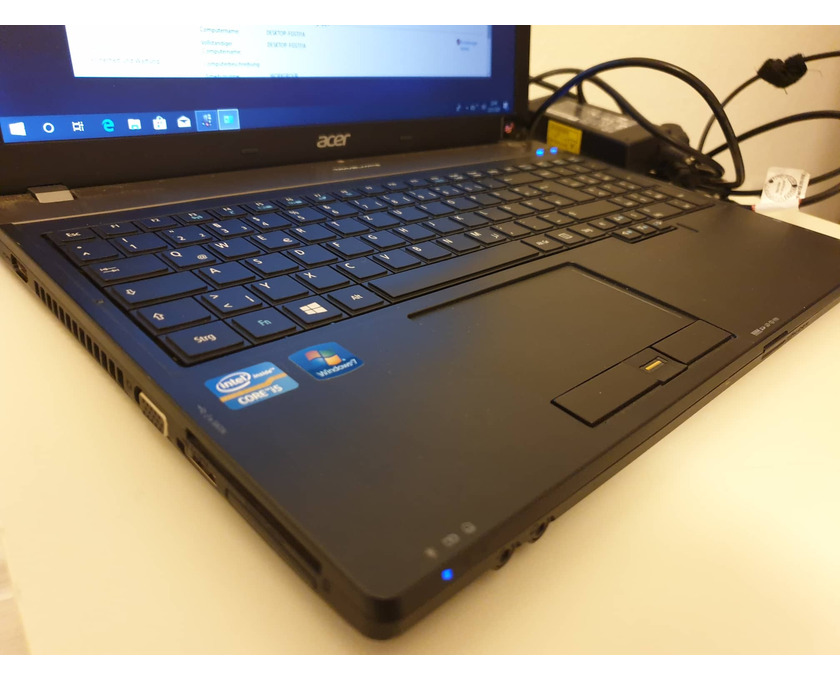 "Laptop ACER Travelmate 15,6"" i5, 8GB RAM, SSD 256+HDD 500GB - 4/8"