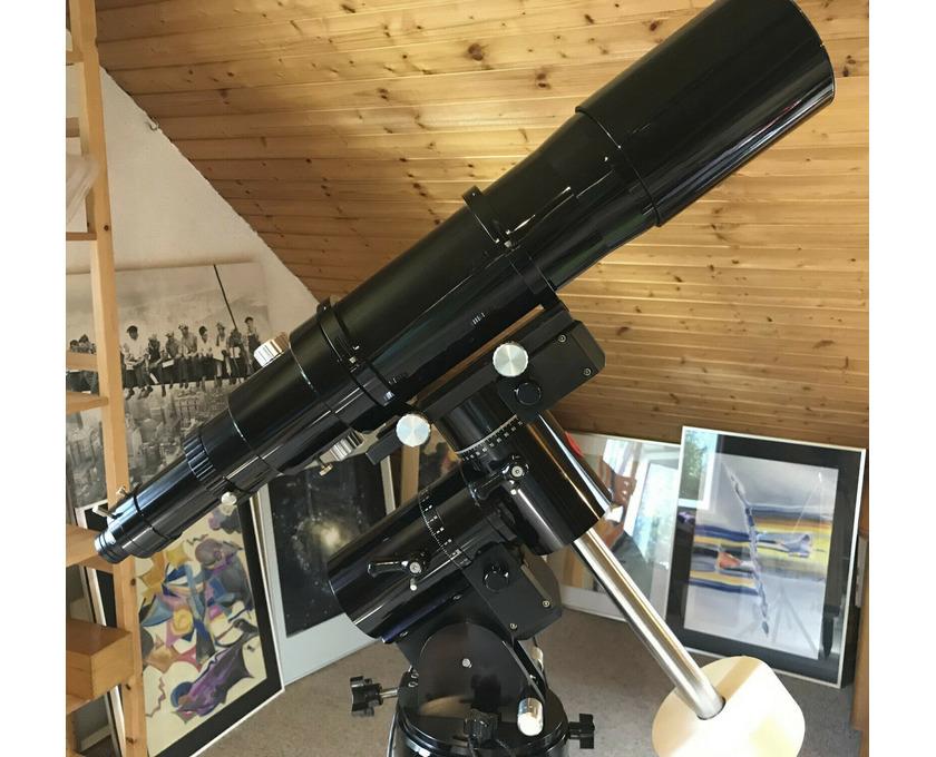 Astro-Physics 105mm Traveler f6 EDT Triplett Apo - 3/5