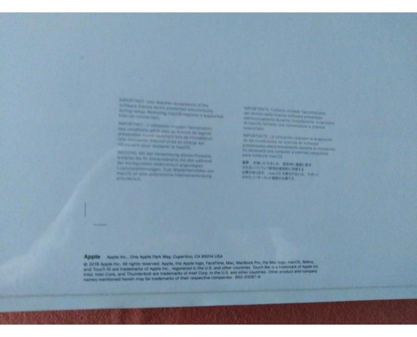 APPLE MVVK2D/A-166845 MacBook Pro i9 GB RAM 4 TB - 2/3