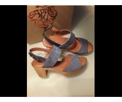 Sandalen aus Leder unbenutzt von Apple of Eden