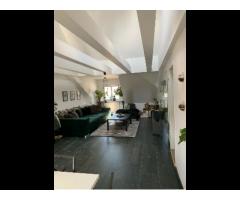 Großzügige Maisonette-Galerie Wohnung in zentraler Lage