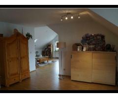 Traumhaft schöne Dachgeschß-Wohnung