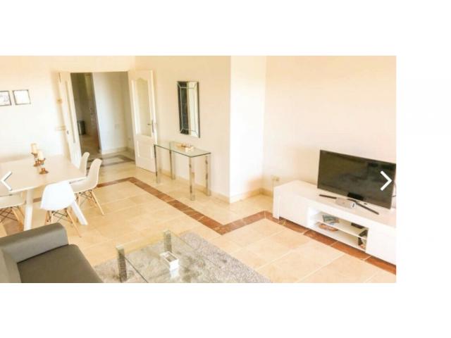 Moderne 3-Zimmer Wohnung mit großem Balkon, bei Marbella - 2/4