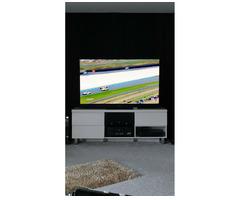 Panasonic TX-65GZW2004 Ultra HD 4K HDR OLED TV - Bild 2/4