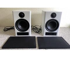 Monitor Audio Gold GX200 -Standlautsprecher